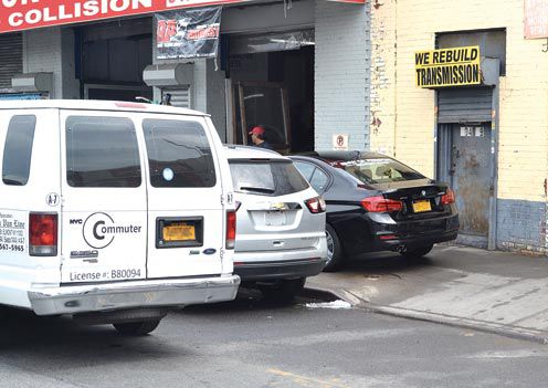 Van Bramer seeks to curb sidewalk parking 1