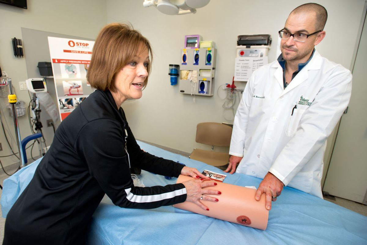 Mercy Medical Center staff teaches public to control bleeding in emergency situations  Health