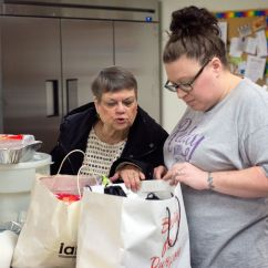 Soup Kitchens In Chicago Round Kitchen Tables Sioux City To Serve Thanksgiving Meal