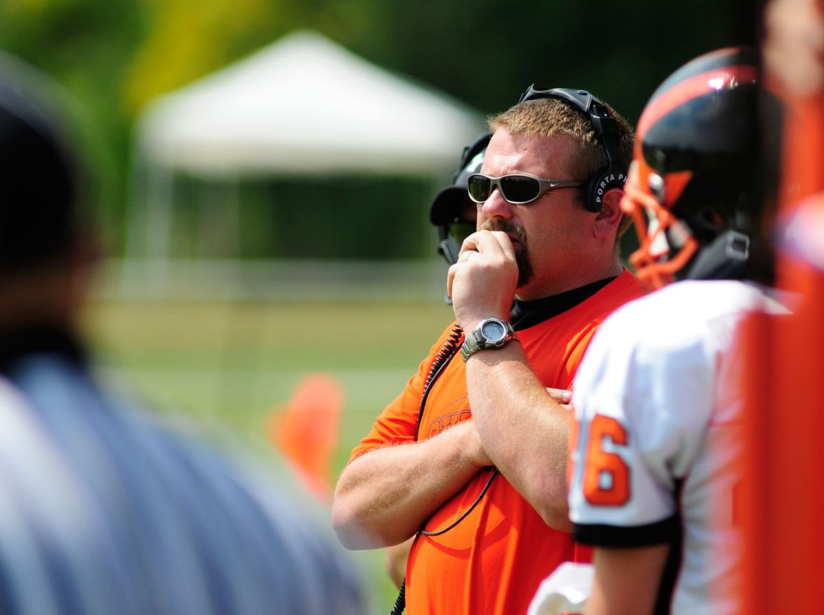 Carbondale hires Bryan Lee as football coach Carbondale