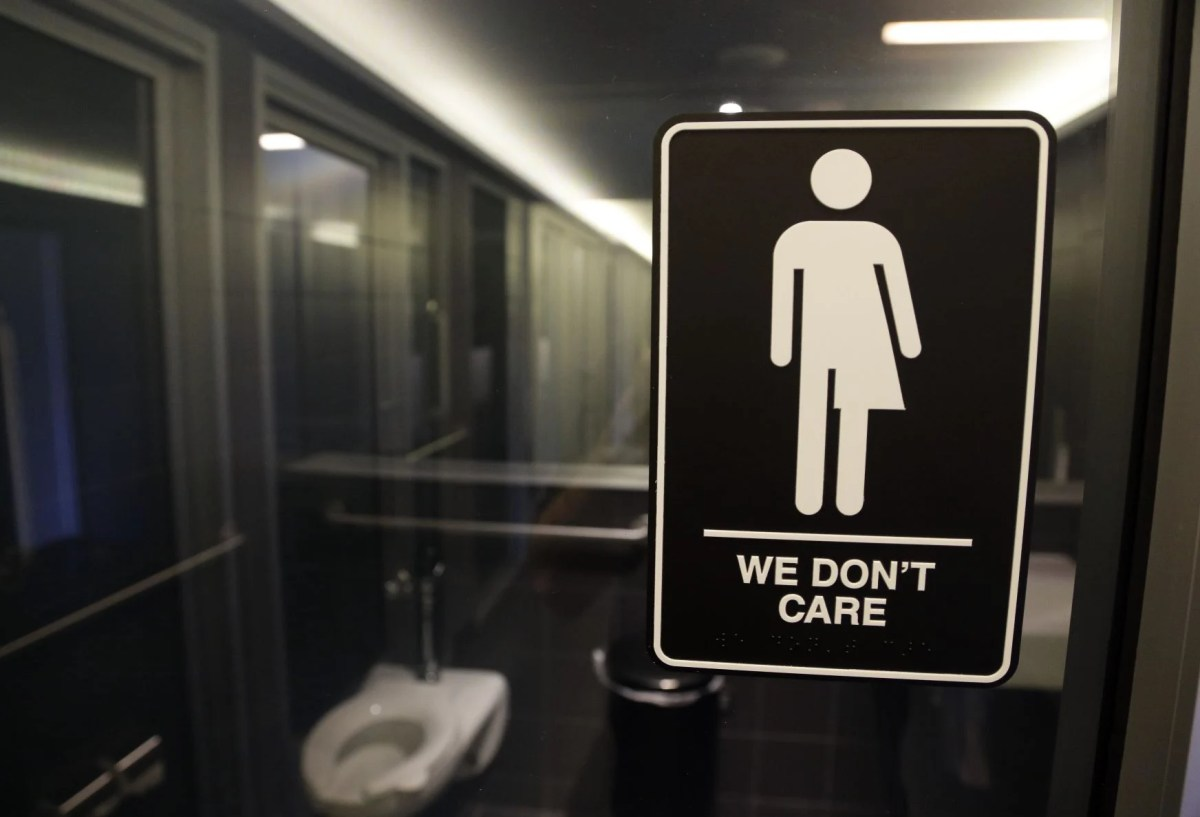 10 States Including Wyoming Sue Over Restrooms Transgender Students