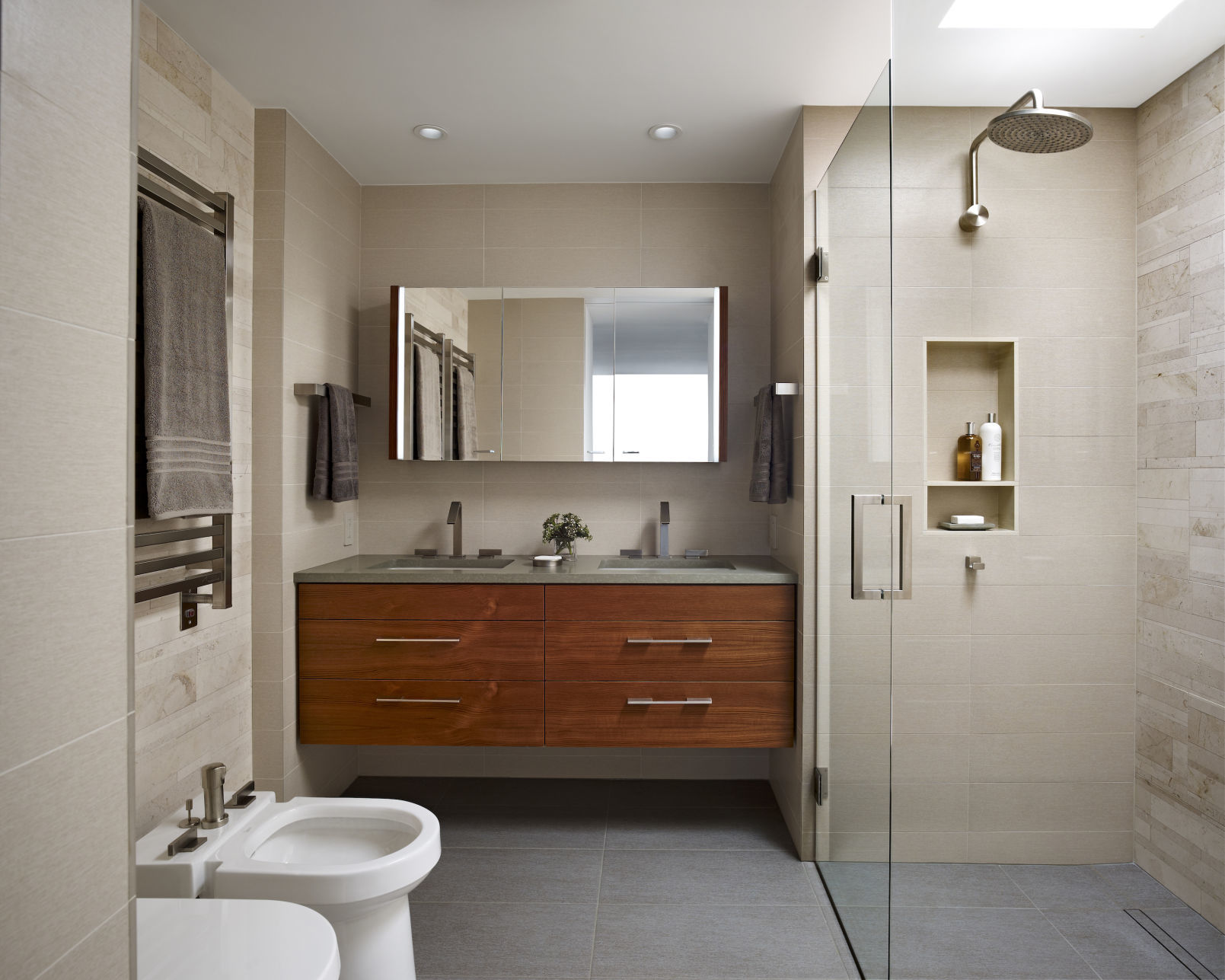 Modern Bathroom Reset Your Routine With A Functional Modern Bathroom Home