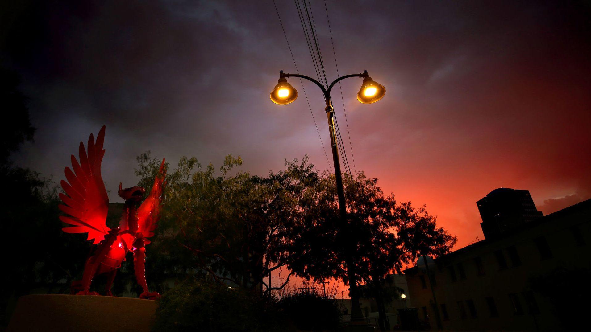 led streetlight conversion makes tucson