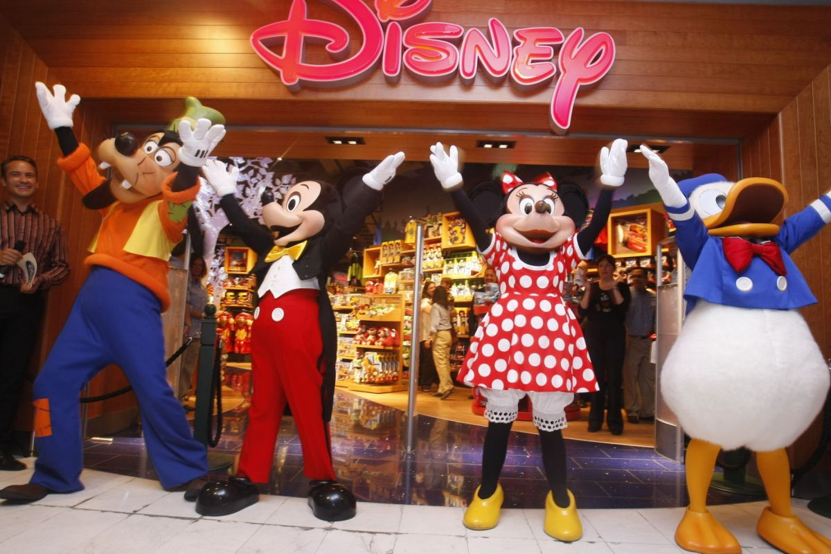 Disney Outlet Open In Marana Tucson And Southern Arizona Businesses