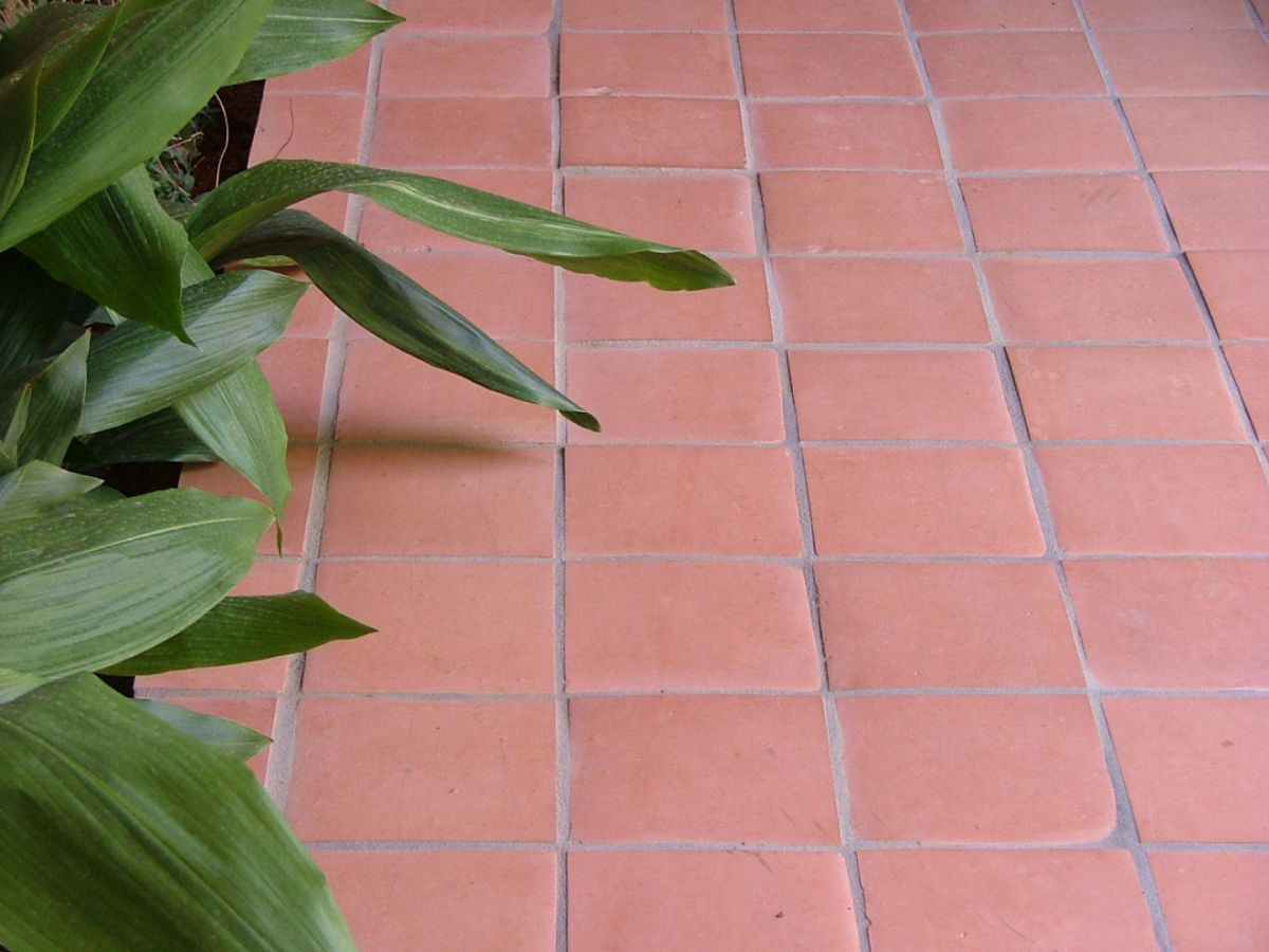 saltillo tile a mess to remove use