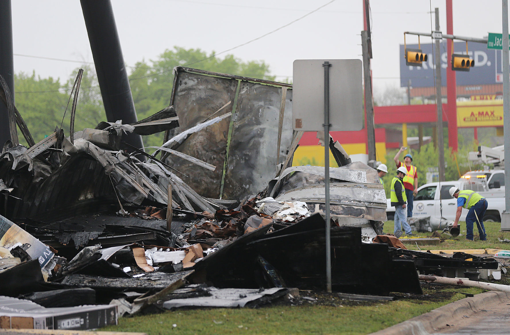 Traffic Accident Investigator Cover Letter Driver Killed In Fiery 18 Wheeler Crash Along I 35 In Waco