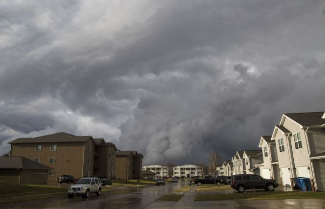 Storm Damages Oelwein Apartment Complex
