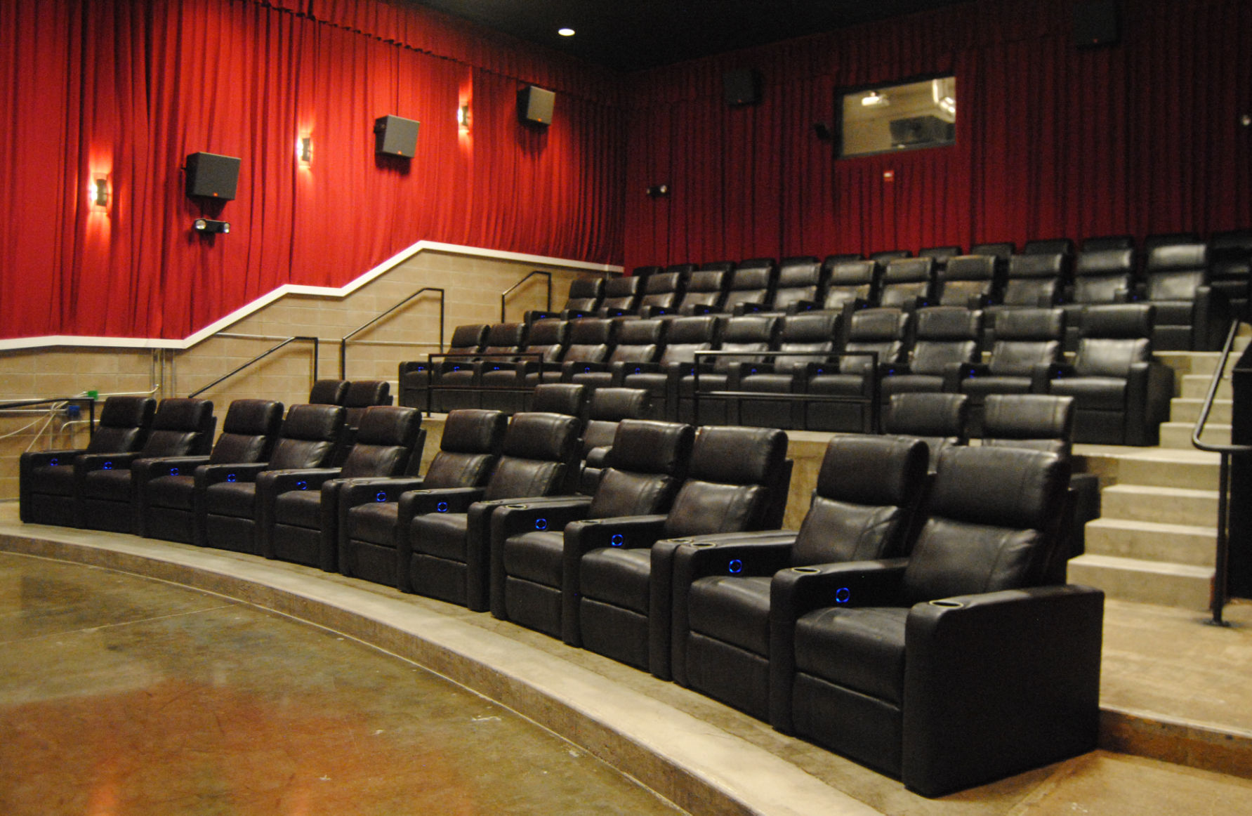 Reclining Chair Movie Theater Reclining Seats At Yelm Cinemas Just The Beginning Business