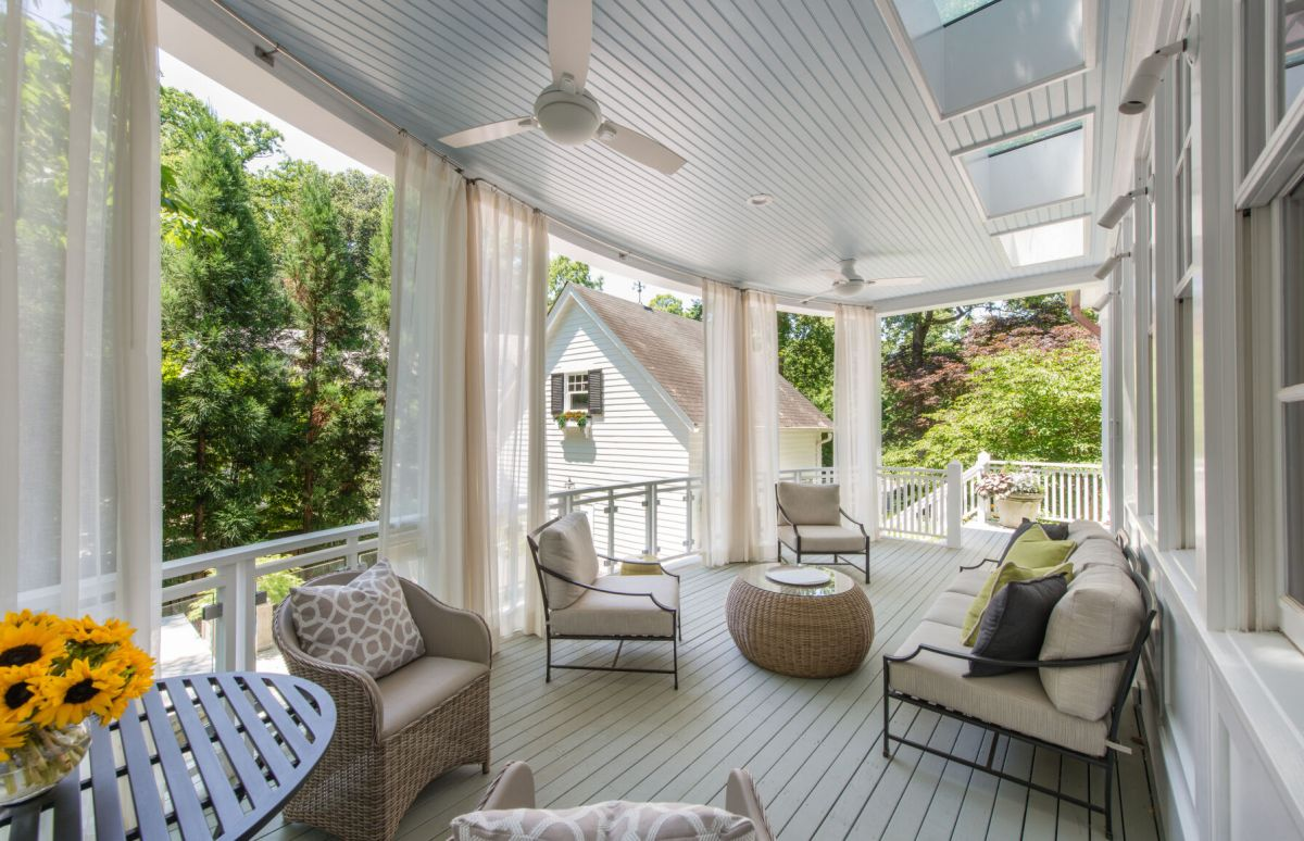 https www bendbulletin com lifestyle patio furniture experts give tips for finding pieces that will last article 456d1770 b906 11eb b15c 6b4c8942bb37 html
