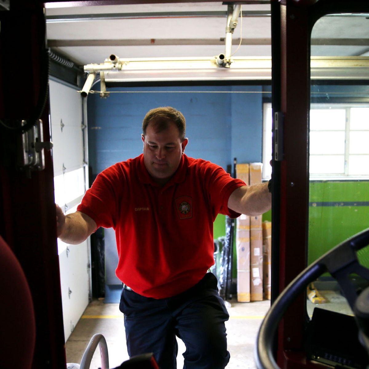 rear steering of tiller