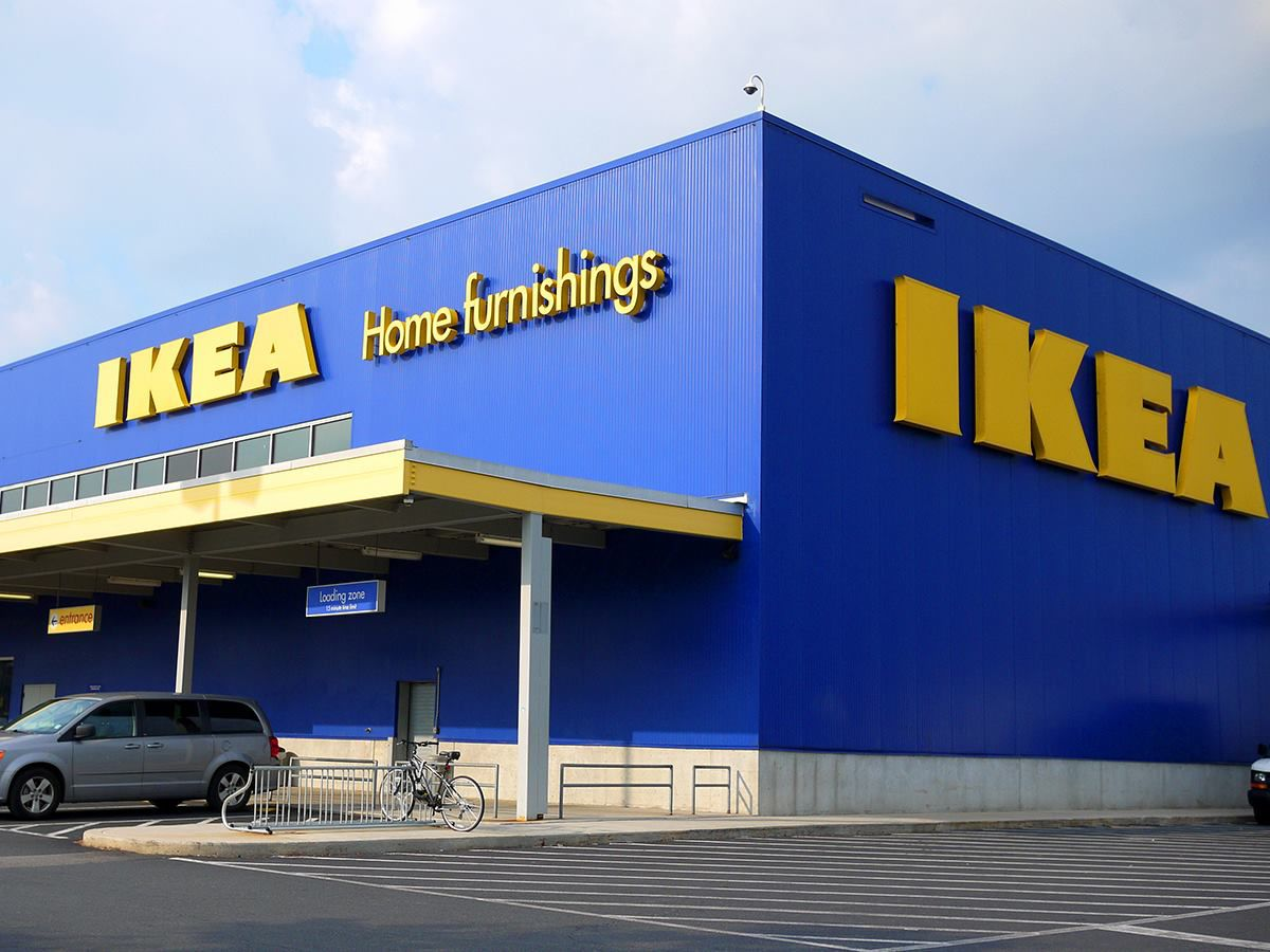 Helicopter At Potomac Mills Helping Ikea Place Hvac Units