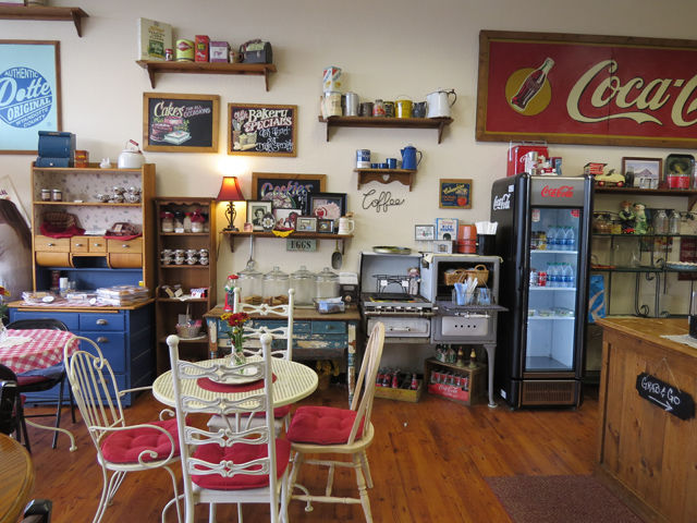 MeMas OldFashioned Bakery Honors Generations of Scratch