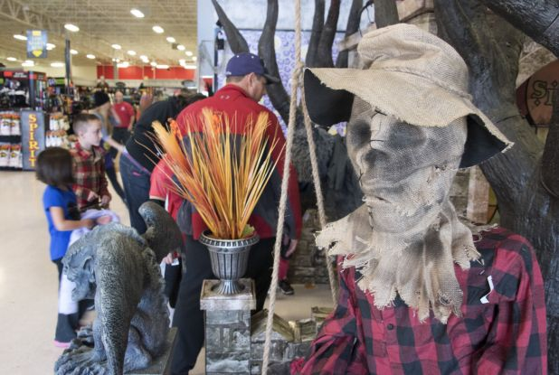 pop up halloween stores give y new life to vacant buildings in