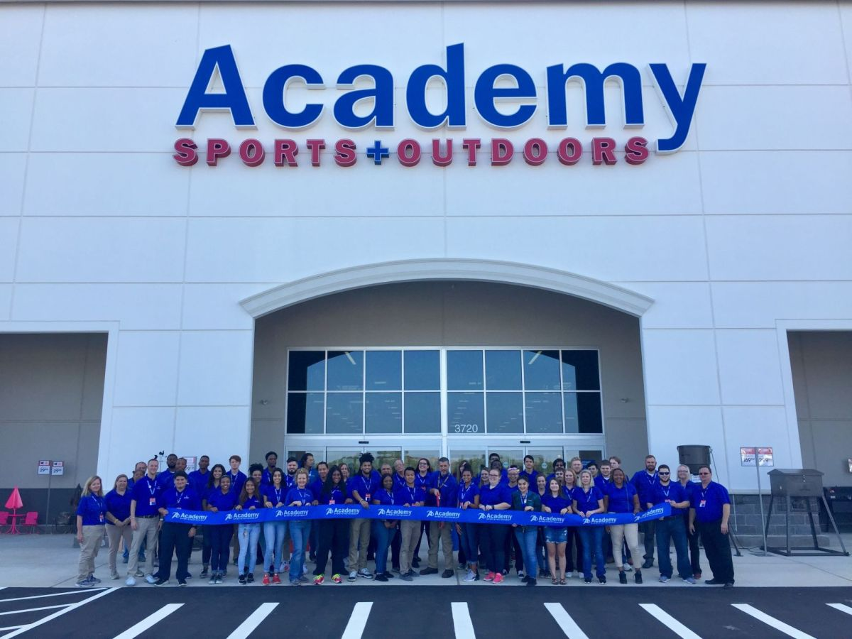 Some offer miles for airlines, while others give you points on hotels. Academy Sports Outdoors Opening New Store In Buford This Weekend News Gwinnettdailypost Com