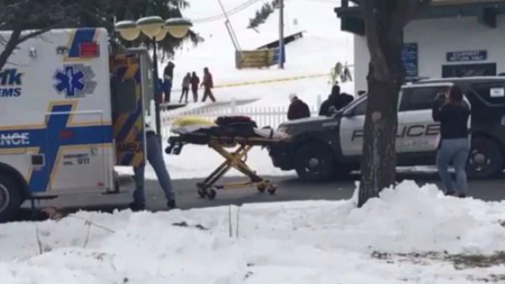ski chair lift malfunction large garden covers strands dozens 5 have minor injuries news