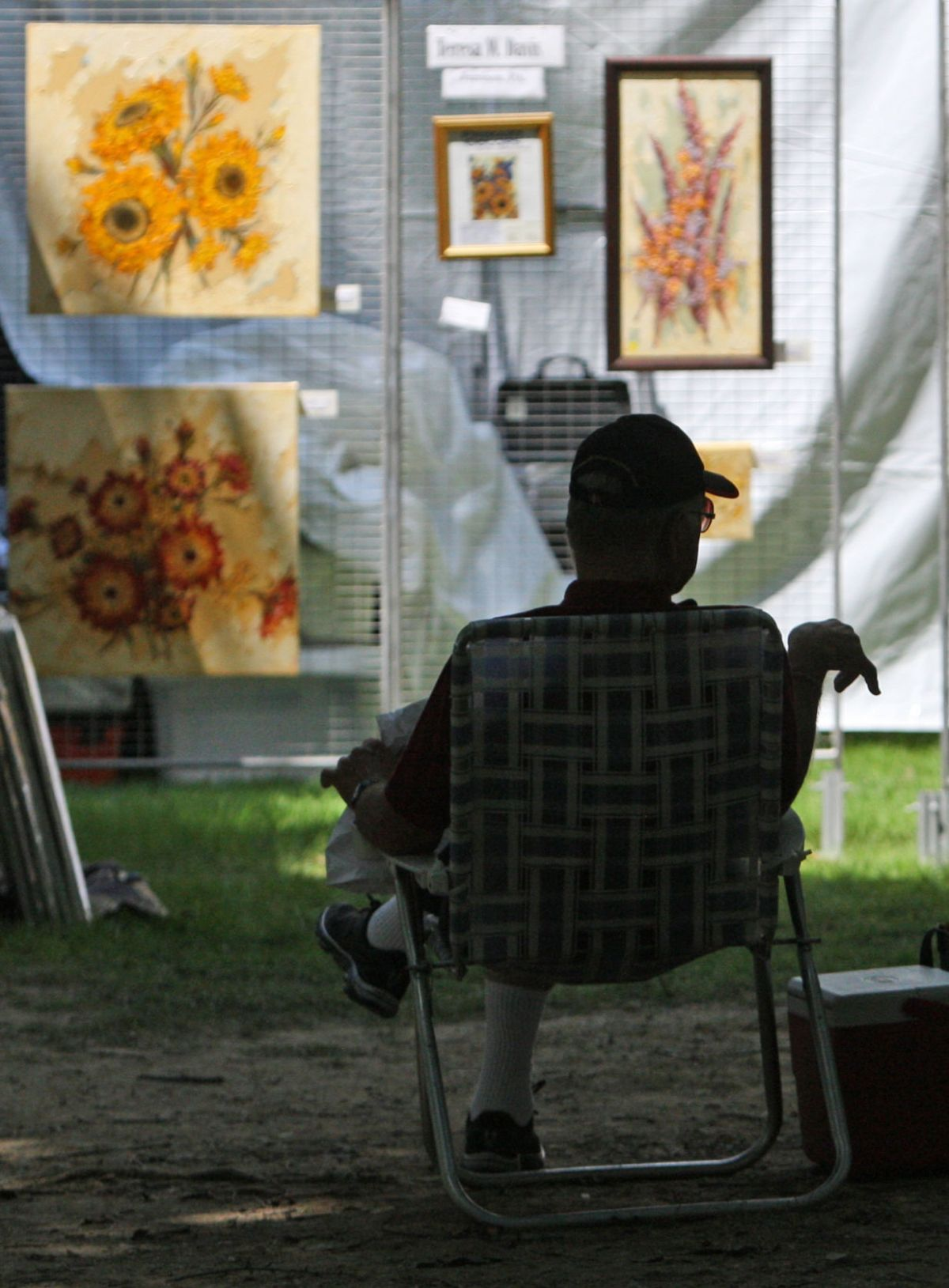 Lititz Outdoor Art Show Draws And Local