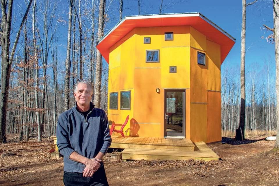 Tiny grandeur Amherst man sells small octagonal home kits  The Amherst New Era Progress News