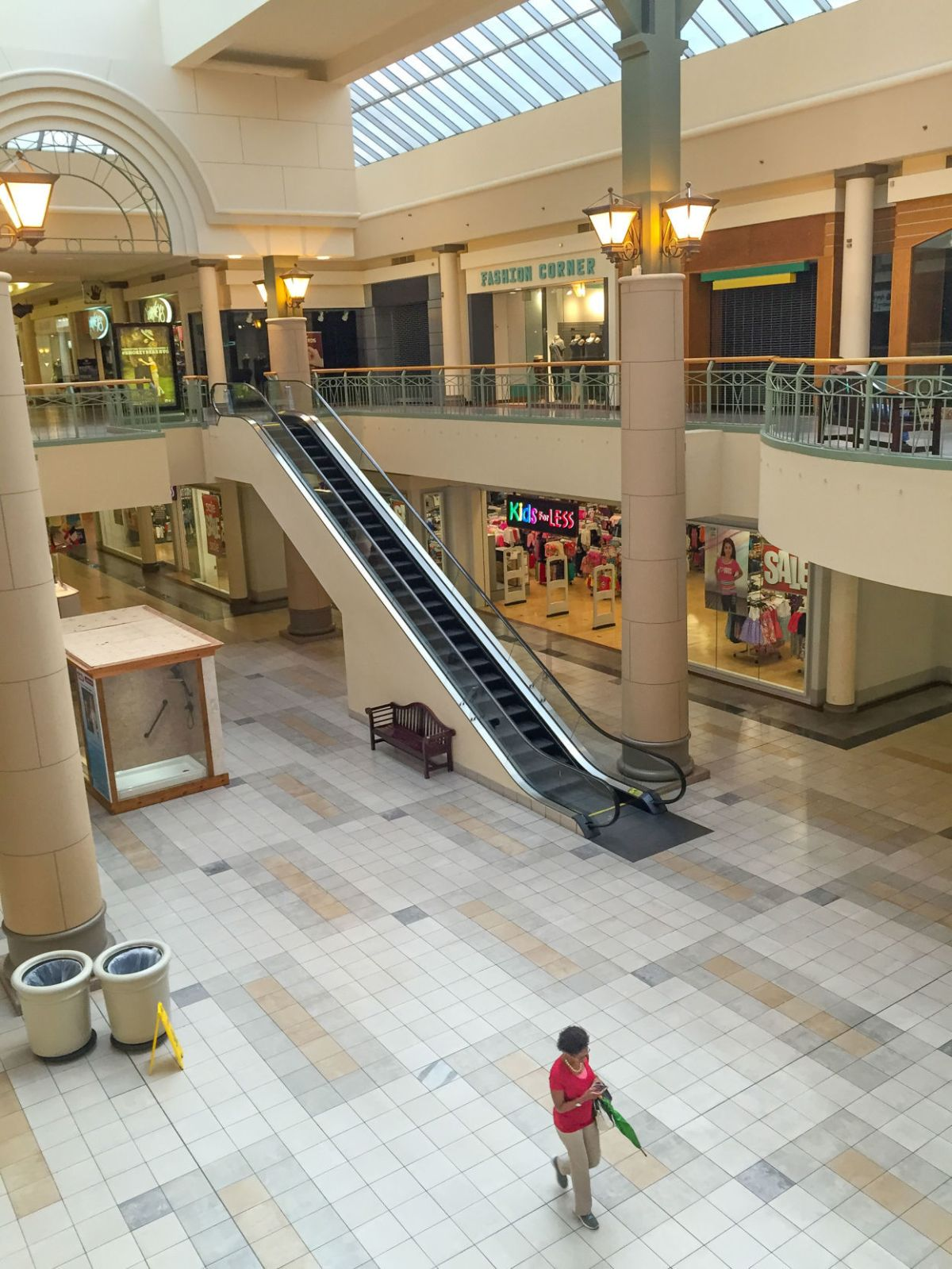 Jackson Ms Mall : jackson, Kenner's, Esplanade, Officially, Sells, Price, Records, Business, Nola.com