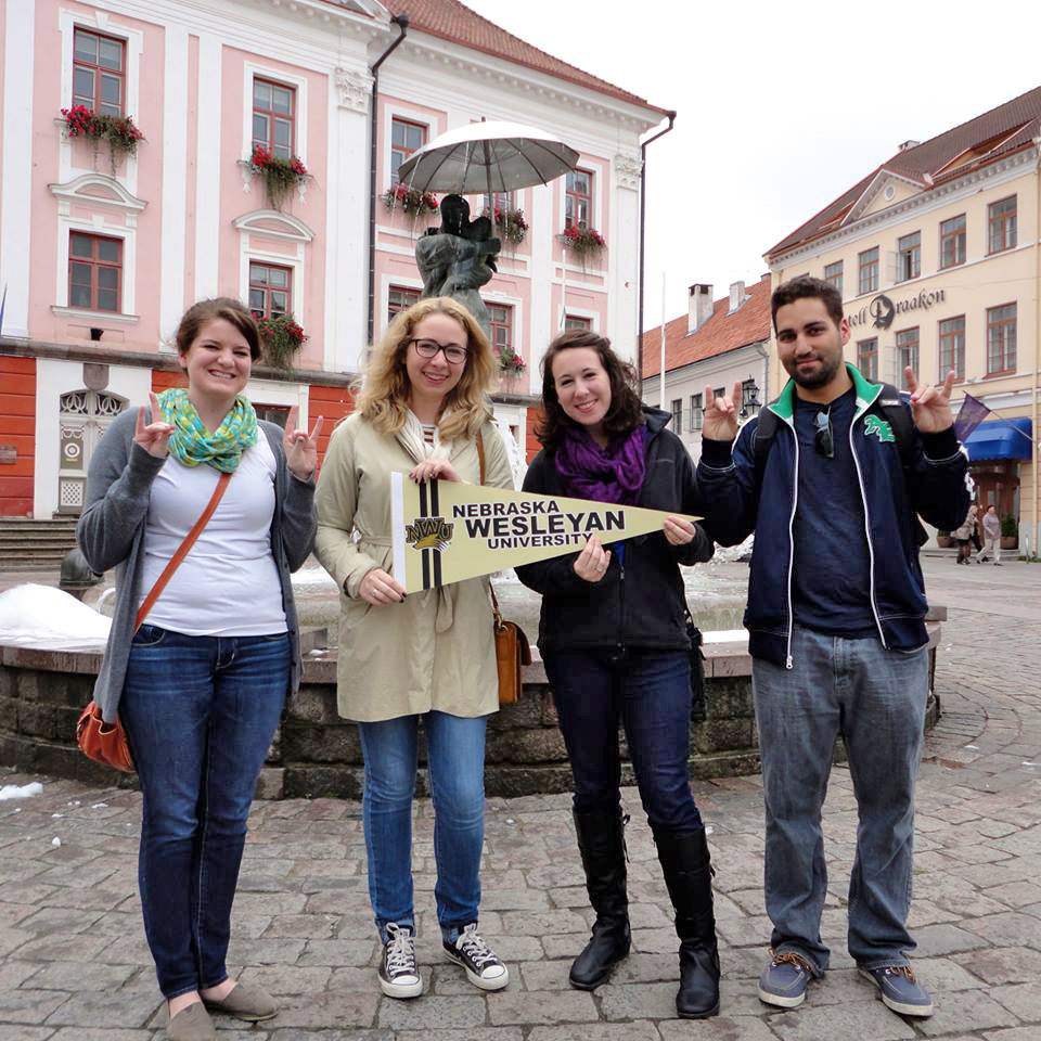 Study abroad lets you immerse yourselfin another culture Students gain understanding, experienceand confidence on trips to other countries