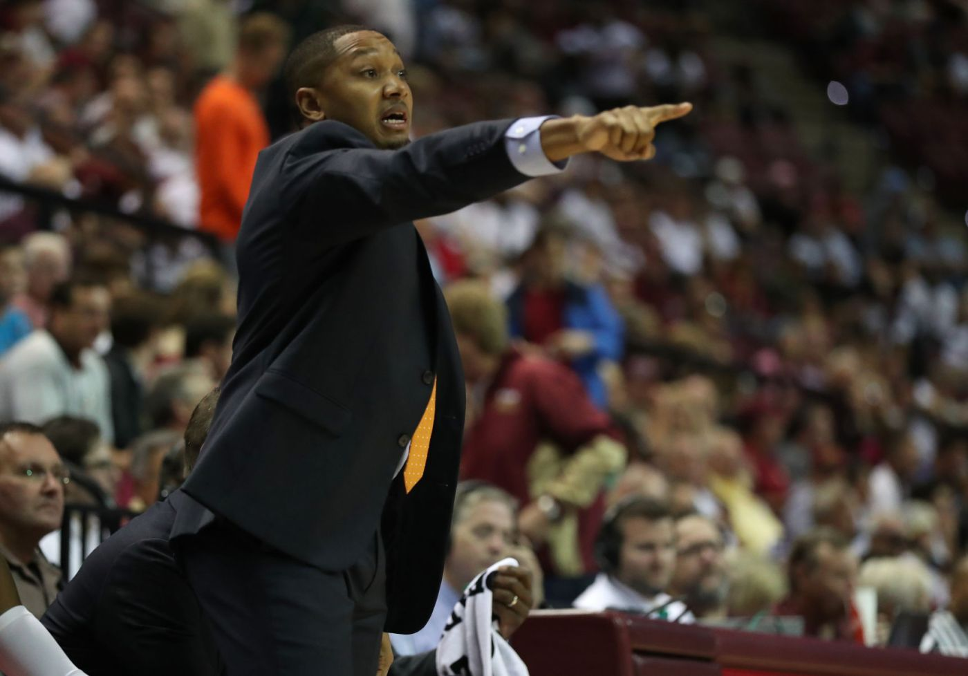 Former College of Charleston assistant basketball coach finds home ...