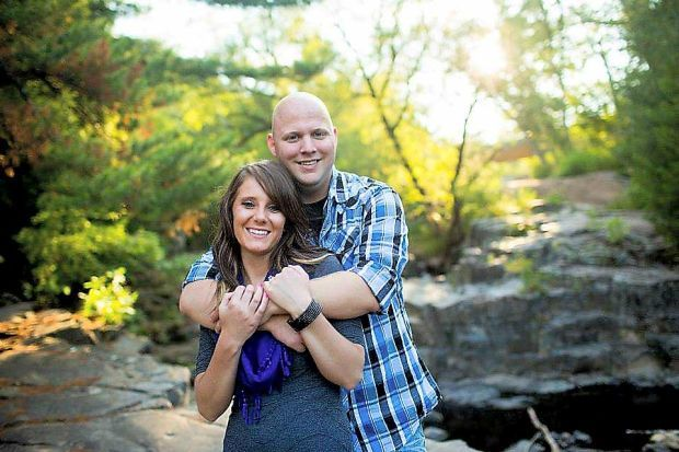 Engagement: Amanda and Jesse of Fargo, N.D.