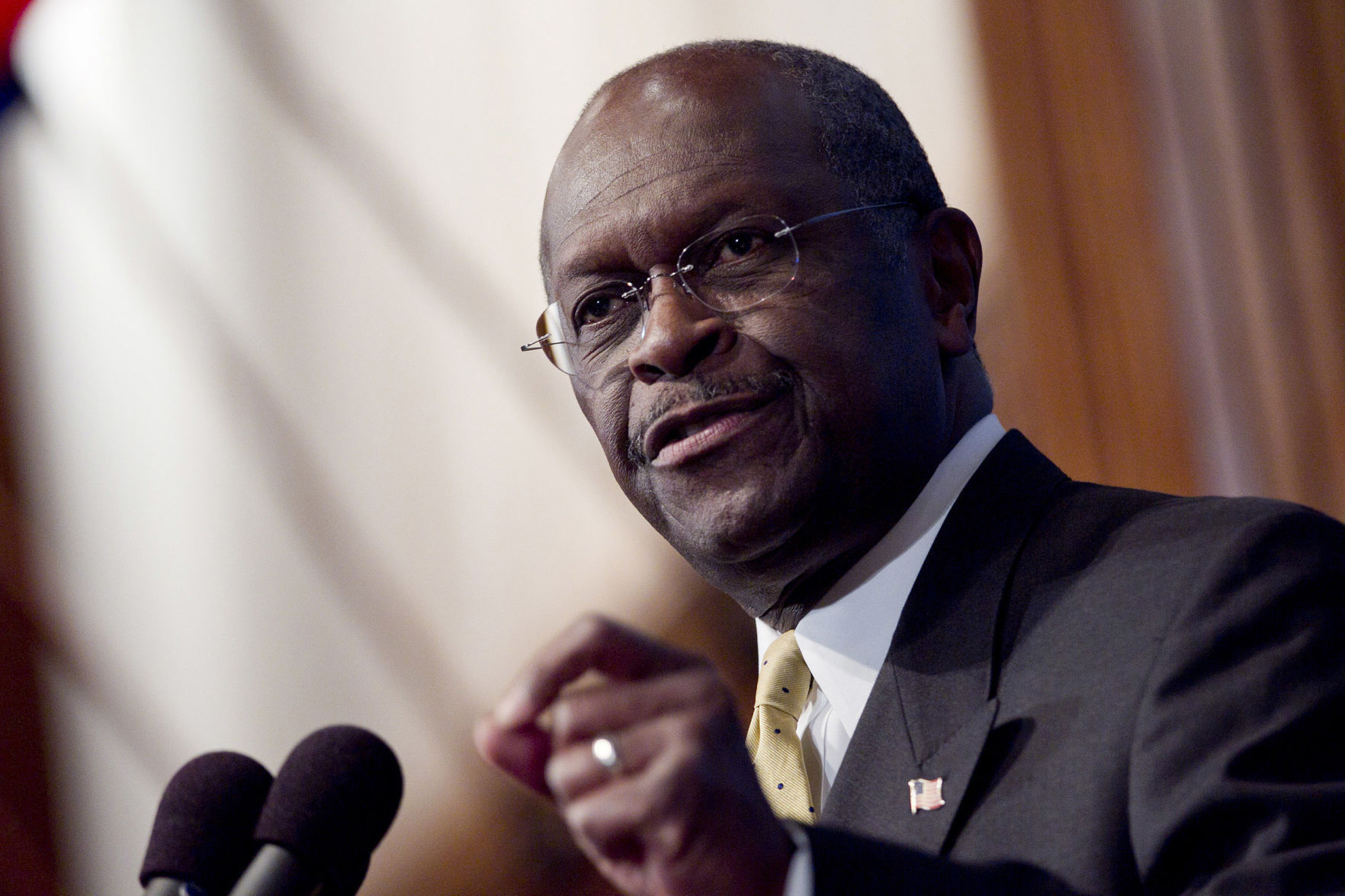 Trump Considering Herman Cain For Federal Reserve Board