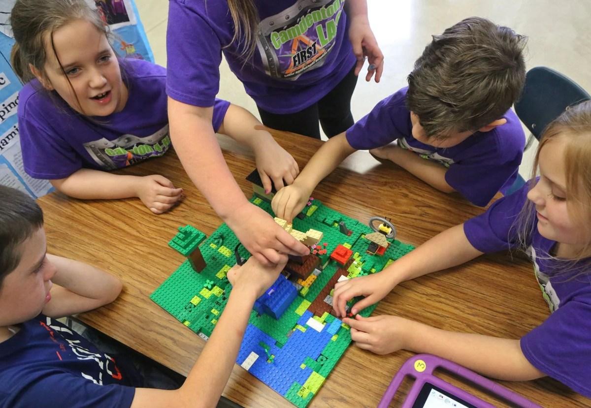Robotics Students Rule Camdenton High School
