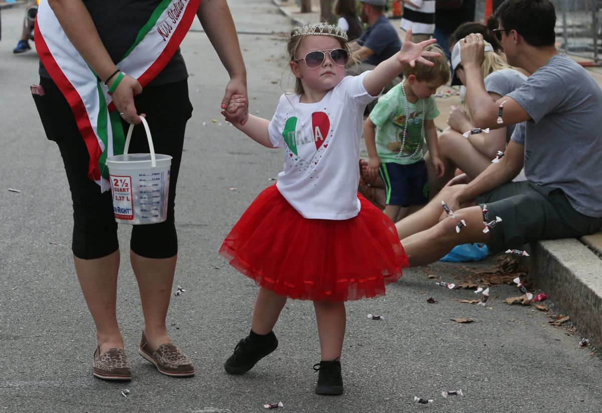 On thursday, washington, d.c., voted to temporarily change the name of columbus day to indigenous peoples day. Festival On The Hill Focuses On Italian American Heritage As St Louis Ponders Columbus Day Name Change Politics Stltoday Com