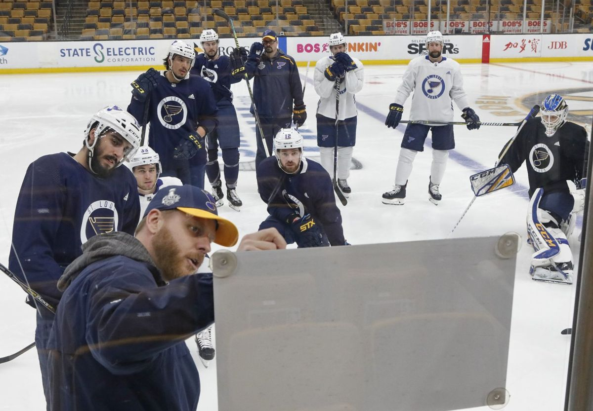 small resolution of several blues players take advantage of optional practice