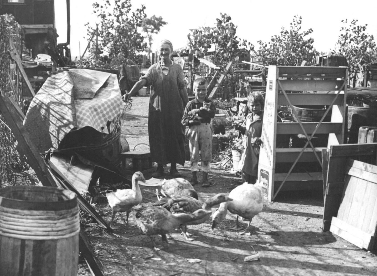 Great Depression Settles Hard St. Louis