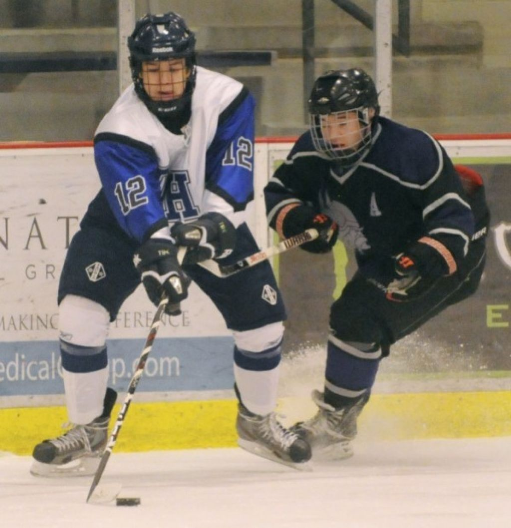 Duchesne High School Ice Hockey Duchesne Scoring Success With Deep Line Up High School Hockey