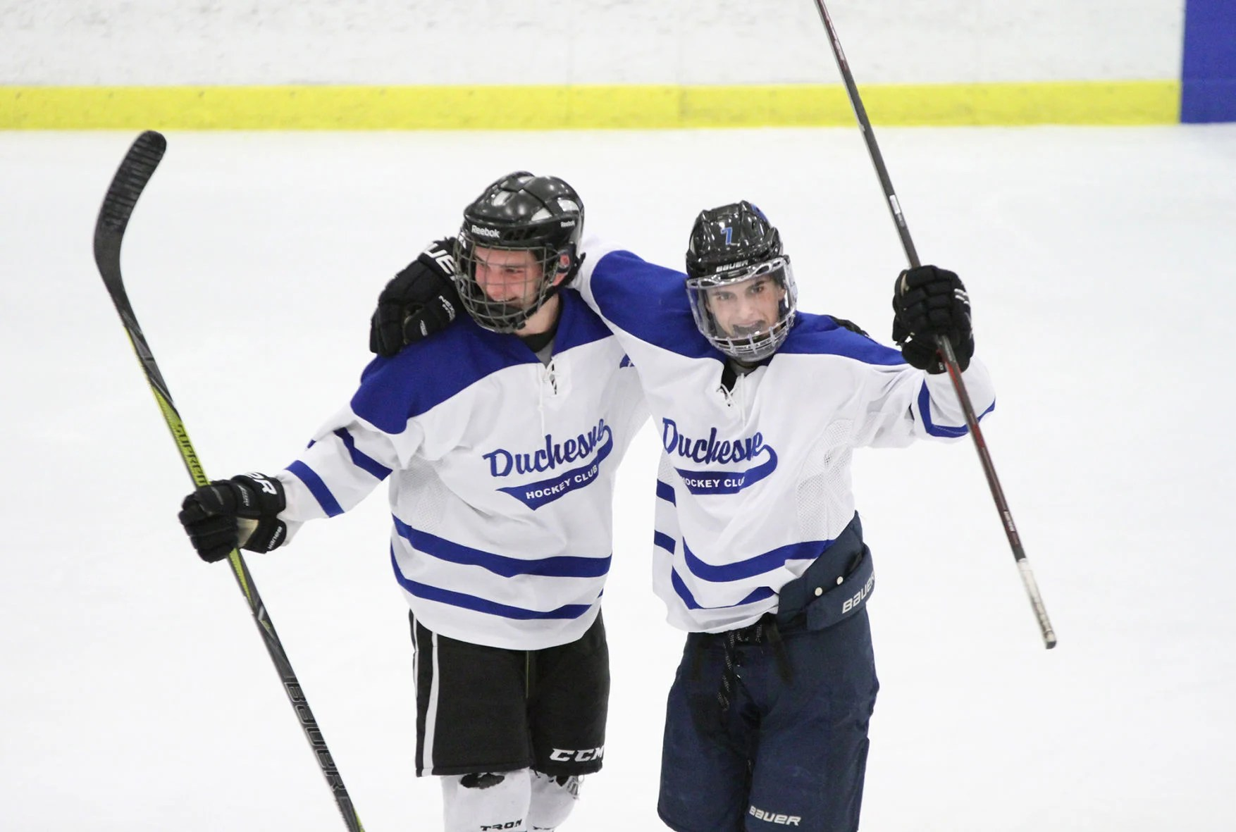 Duchesne High School Ice Hockey Duchesne Honors Coach With Strong Effort In Mid States Showdown