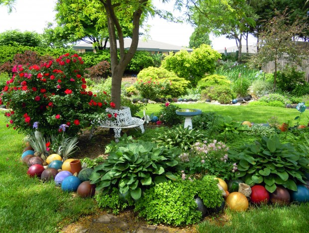 Beyond The Gnome: New Ideas For Specialty Garden Decor