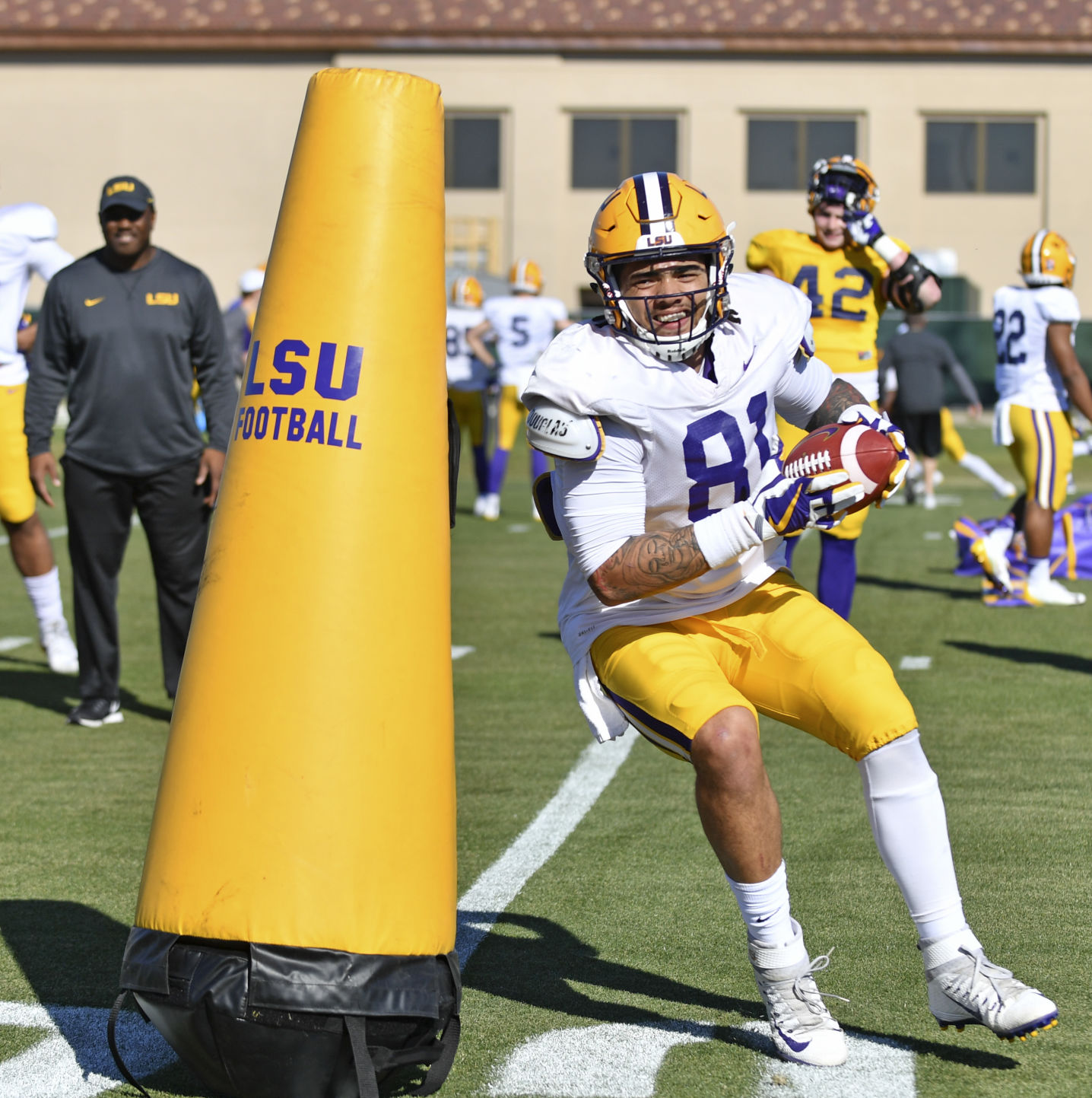 Rabalais After Years Away From The Game Lsu Tight End
