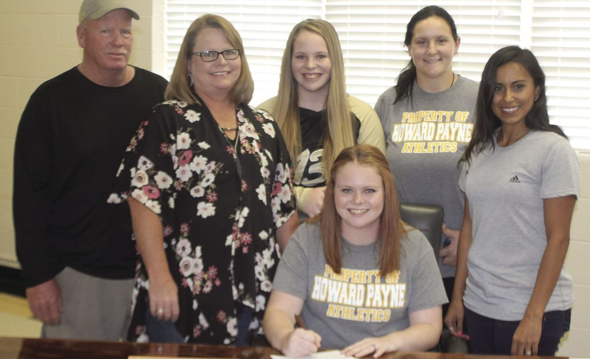 Chs Graduate Mandy Carter Signed Letter Of Intent To Play Basketball At  Howard Payne University