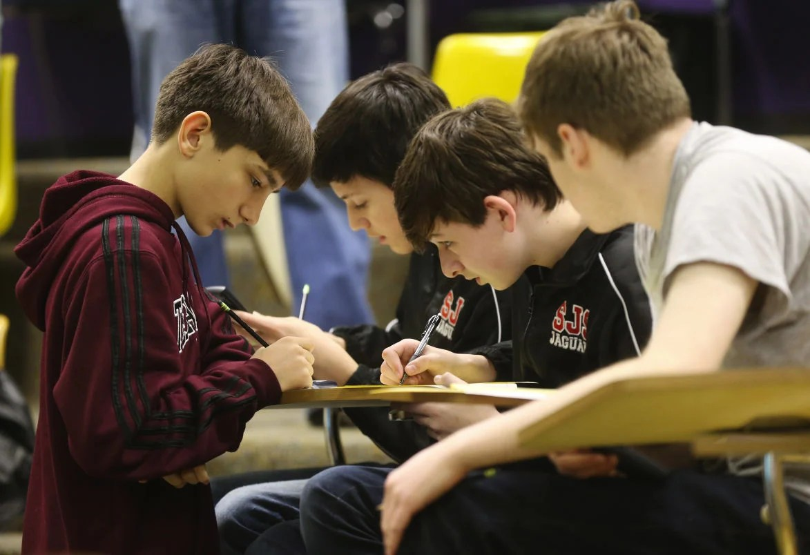 Muscle Shoals Middle School Wins Mathcounts Competition