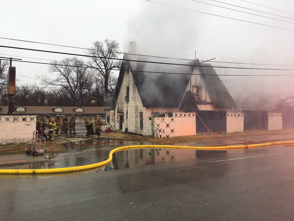 Abandoned Hotel Route 66 Landmark Catches Fire In East