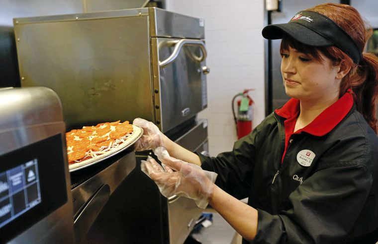 Review QuikTrips QT Kitchens offer fresh quick options to diners  Weekendhomepage2