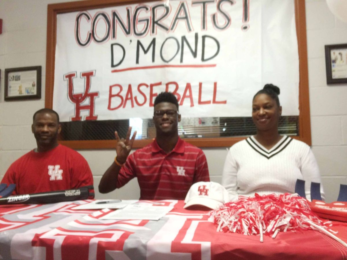 Refugio Senior Signs Letter Of Intent With University Of Houston