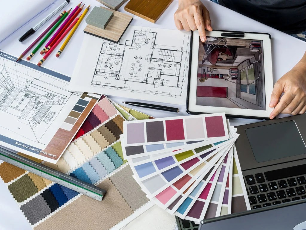 Interior Design Major Gives Students Family Feel Features