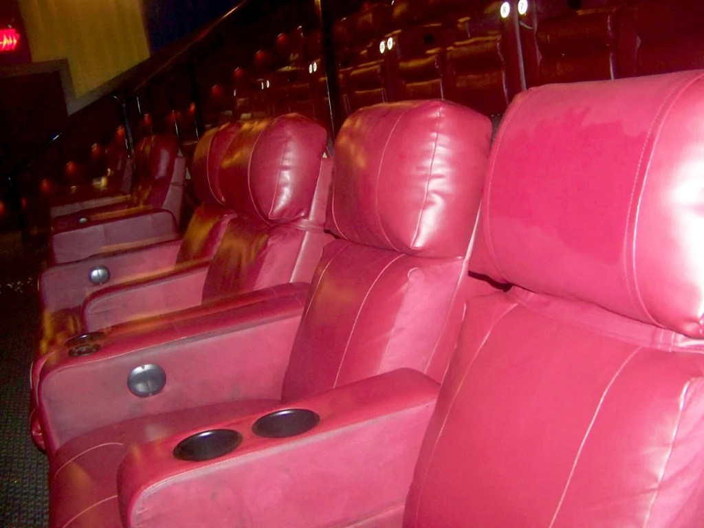 Reclining Chair Movie Theater Sit Back And Enjoy The Show Wehrenberg Introduces Dreamlounger