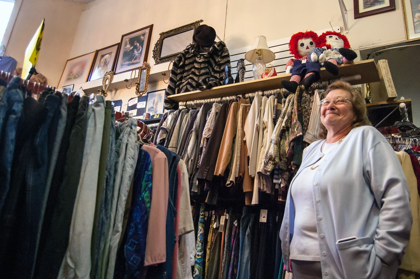 Thrift Store Manager Cover Letter West Side Resident Opens S S New 2 U Thrift Store Metro