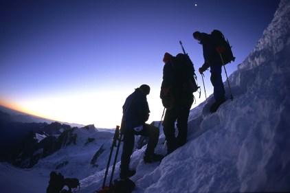 Alpinistes lors de l'ascension du Mont Blanc, France ©Bertrand Lemeunier