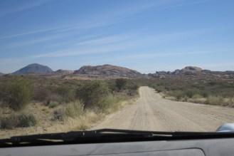 Gravel road to Erongo Plateau turnoff.