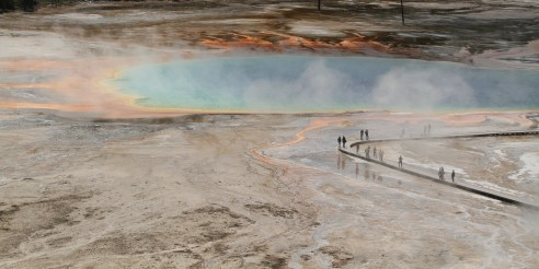 Grand Prismatic Spring in the midway geyser basin