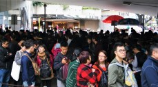 Somewhere in there, there's a logical line for taking the tram to Victoria Peak. We decided to take the bus.