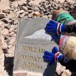Guanti blucerchiati sul vulcano Ampato, in Perù!