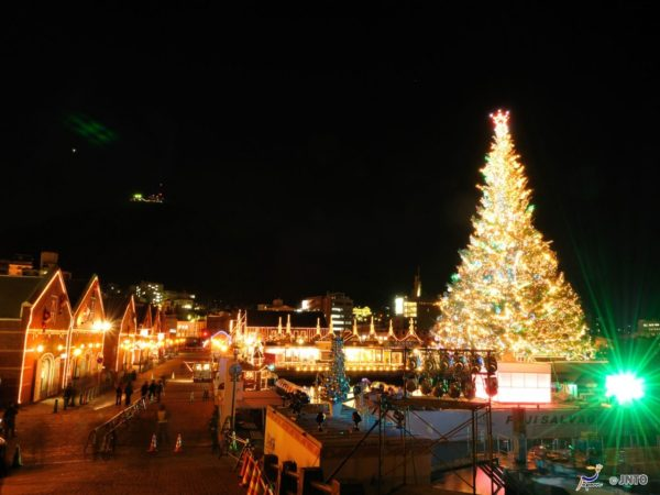 Christmas light up at Red Brick Warehouse District (C) Hokkaido Tourism Organization / JNTO