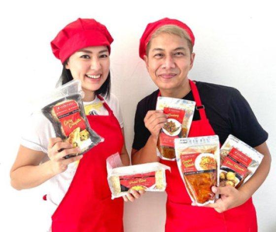 Imbas Corona, 5 Artis Ini Banting Setir Jual Makanan, dari Jengkol hingga  Rawon - kumparan.com