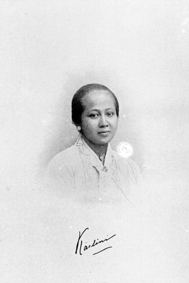 Kutipan Ra Kartini : kutipan, kartini, Cinta, Hingga, Kritik, Buku,, Berikut, Kutipan, Menginspirasi, Surat, Kartini, Kumparan.com